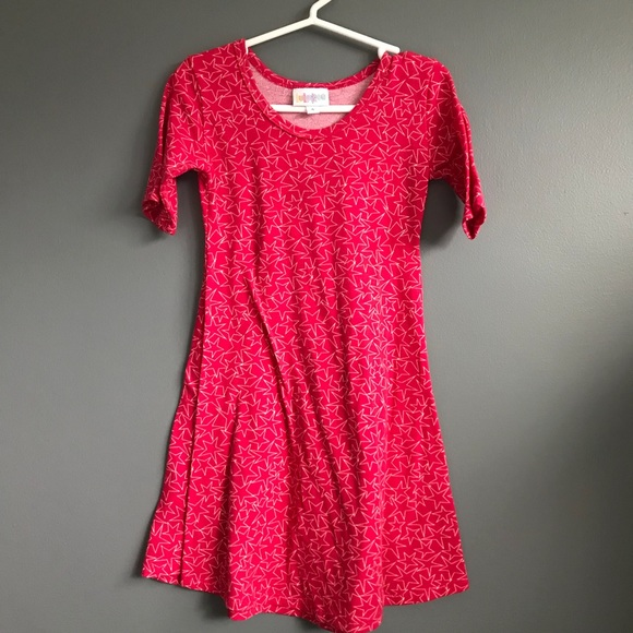 Lularoe Adeline syle girls dress in red star print 34243e4b1